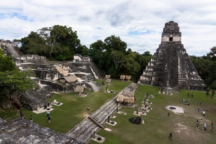 Looking over the Gran Plaza at Templo I and the North Acropolis of what was once the capital of the Mayan civilisation, in Tikal (Guatemala) #GranPlaza #Guatemala #Mayan #TemploI #Tikal #Ruins #Sony #SonyAlpha #SonyA77 #travel #traveler #vacation #getaway #travelphotography #traveltheworld